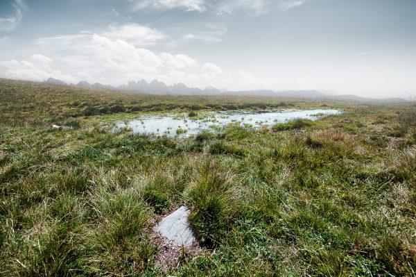 Landschaftsfotografie Landschaften Italien, Hochmoor Plosen bei Brixen mit Dolomiten Gipfeln im Hintergrund, Fotograf Kees van Surksum Kaufbeuren München Allgäu