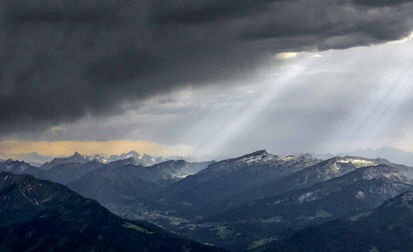 Fotograf im Allgäu - Blick vom Nebelhorn ins Kleinwalsertal, Kees van Surksum fotografie