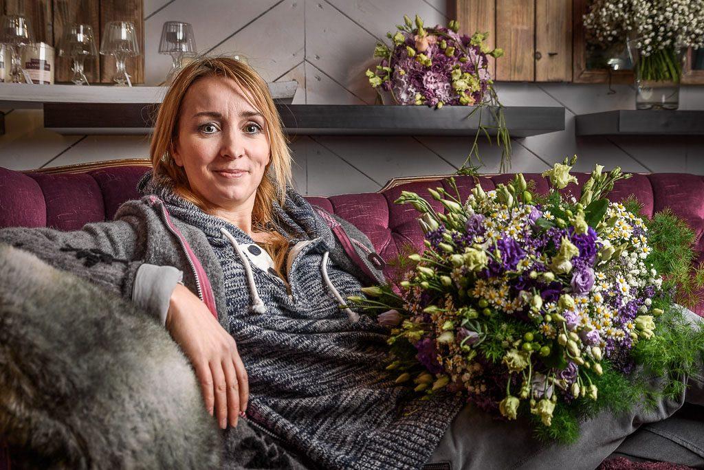 Portraitfotografie ARD Fernsehen Floristin Nadine Weckardt Porträt, Fotograf: Kees van Surksum