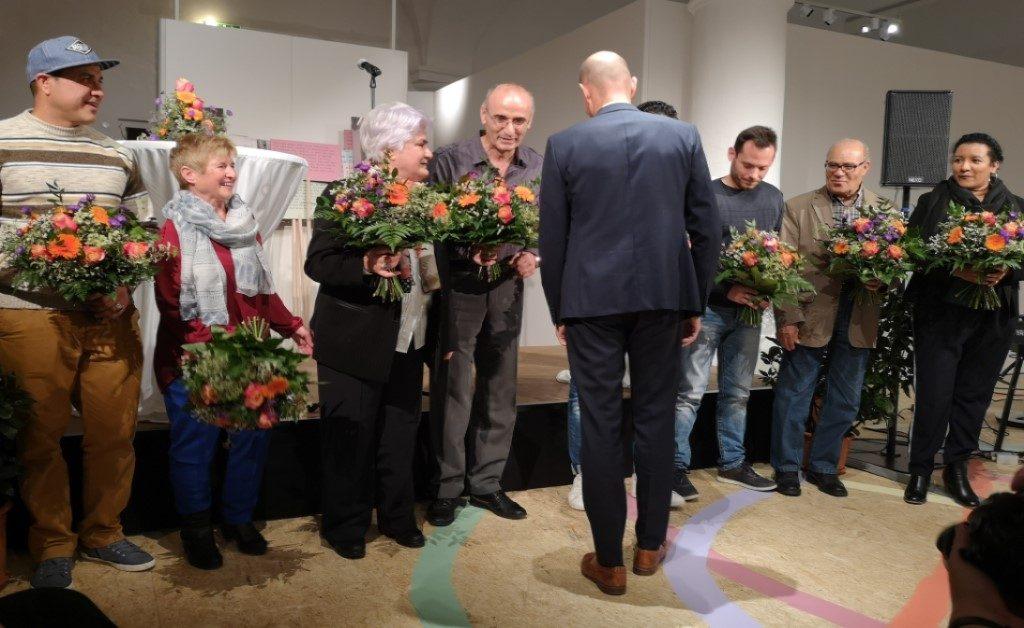 News Ausstellung Mensch Land Flucht im Alpin Museum Kempten mit Oberbürgermeister Kiechle mit Fotodokumentation von Fotograf Kees van Surksum